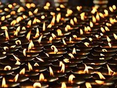 সাড়ে ৫ লাখেরও বেশি প্রদীপ জ্বালিয়ে অযোধ্যায় 'দীপোৎসব' পালনের সিদ্ধান্ত নিল সরকার
