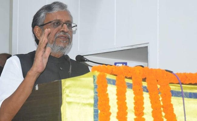बिहार : सुशील मोदी को पसंद नहीं आया जेडीयू का यह कदम, कहा- विकास पर ध्यान दीजिए