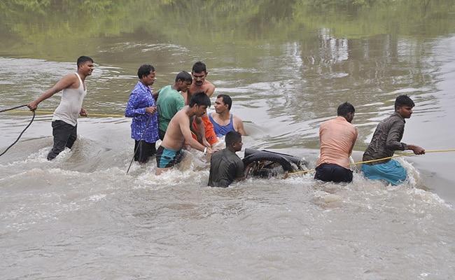 4,000 People Evacuated In Gujarat As Narmada Crosses Danger Mark