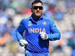 Virat Kohli, Selectors Should Decide On MS Dhoni