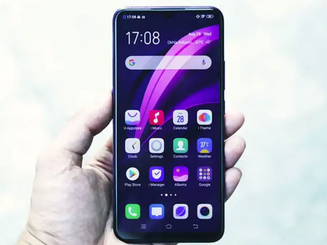 Video : Vivo Z1x Review: Fully Loaded With Features, But How Does It Perform?