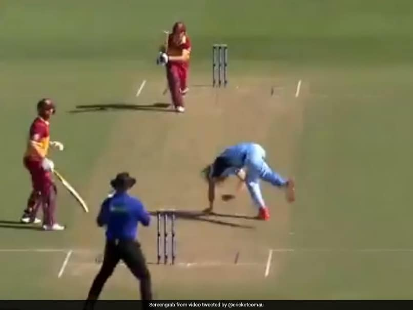 Marsh Cup: Australian Bowlers Narrow Escape After Batsman Smashes Shot Straight At Him. Watch Video