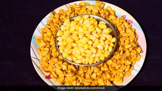 Indian Cooking Tips: How To Make Street-Style Sweet Corn Chaat At Home (Recipe Video)