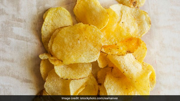 Cooking Tips: Follow This Quick And Easy Tip To Refresh Soggy Chips And Make Them Crisp Again
