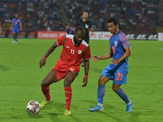 Football: सुनील छेत्री के गोल से बढ़त बनाने के बावजूद ओमान से हारा भारत
