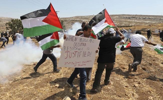 Israeli police: Knife-wielding Palestinian woman shot dead
