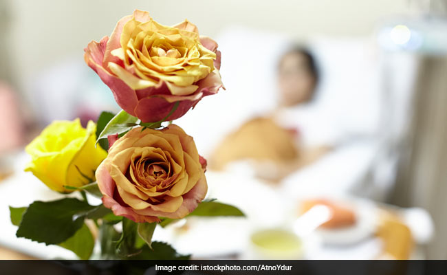 World Rose Day: A Day To Bring Happiness In The Lives Of Cancer Patients