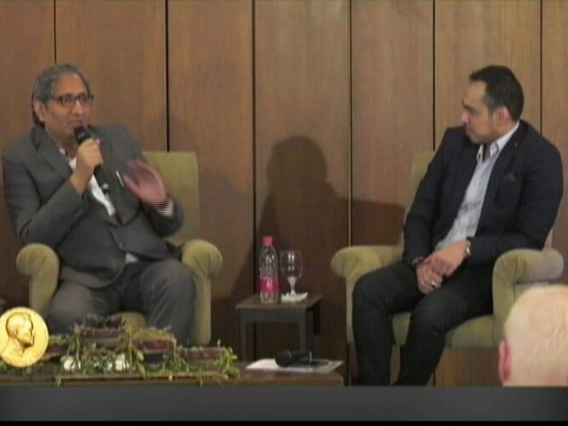 Video : Anchors Have Become Delivery Boys Of Propaganda: Ravish At Magsaysay Q&A
