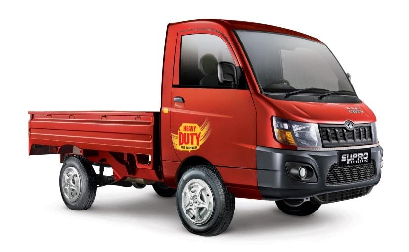 साल के पहले 6 महीनों में महिंद्रा ने टाटा से 1,528 छोटे कमर्शियल वाहन ज़्यादा बेचे.