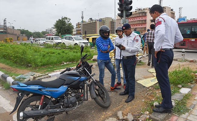 Gujarat Extends Deadline To Implement New Fines For Traffic Violations