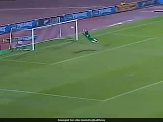 Egyptian Goalkeepers Incredible Acrobatics To Deny Opposition Sets Twitter Aflutter. Watch