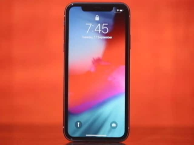 Video : iPhone 11: Beats the Socks Off the Pros?