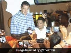 Video: 'बिग बॉस' लॉन्च इवेंट में फोटोग्राफर से भिड़े सलमान खान, कहा- मेरा बायकॉट कर दो...