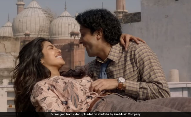 The Sky Is Pink Song Dil Hi Toh Hai : Priyanka Chopra And Farhan Akhtar's Love Story Is Full Of 'Passion And Desire'