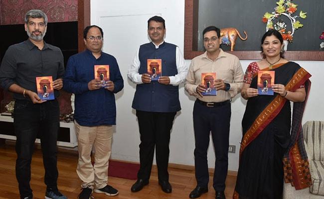 बारहवीं फेल आईपीएस! संघर्ष का रास्ता चुनकर सफल हो गए मनोज शर्मा