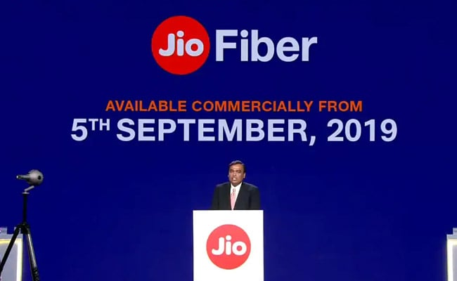 Jio Offers 6 Monthly JioFiber Plans To Offer Up To 1 Gbps Internet Speed. Compare Prices Here
