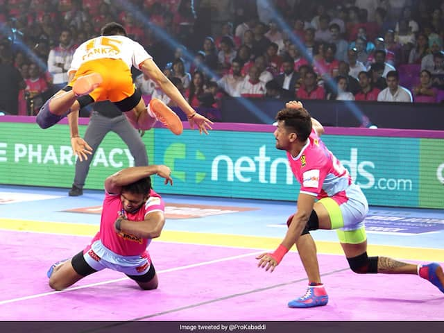 Pro Kabaddi: Bengal Warriors Edge Telugu Titans, Jaipur Pink Panthers Beat Puneri Paltan
