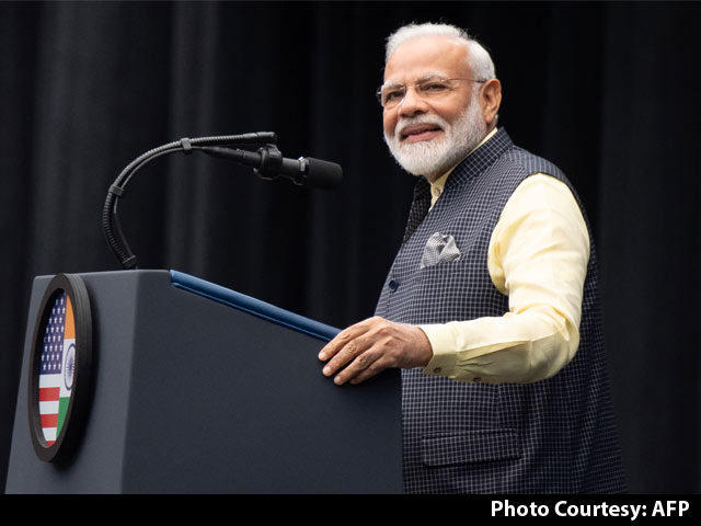 """Video : """"Honoured To Introduce You To My Family"""": PM To Trump At 'Howdy, Modi!'"""