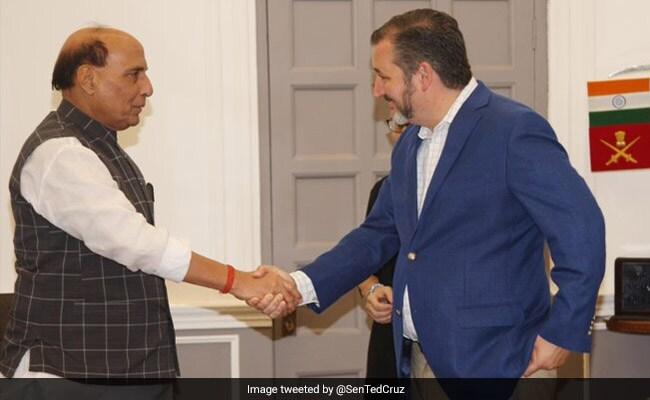 रक्षा मंत्री राजनाथ सिंह से अमेरिका के 2 सांसदों ने की मुलाकात, हुमांयू का मकबरा देखकर हुए अभिभूत