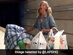 Video Of Woman With Powerful Voice Singing In Los Angeles Metro Is Viral