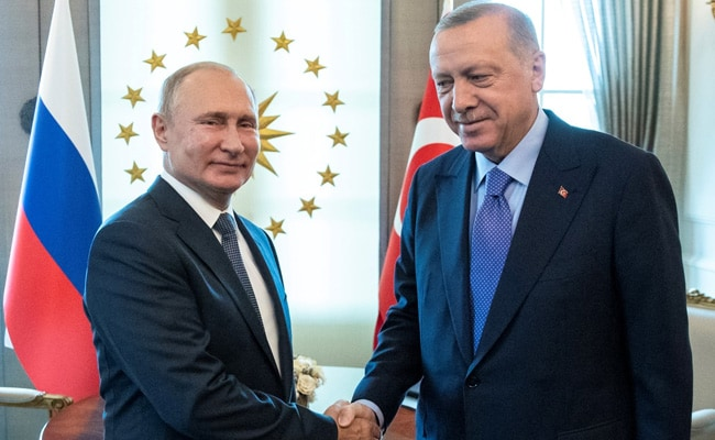 Russia, Turkey Reach Deal To Remove Kurdish Fighters From Syria Border