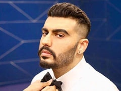 Arjun Kapoor's Insta Post For Mango Season Takes Hilarious Dig On This Actress!