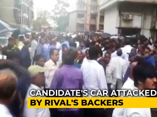 Video : Ex-Maharashta Minister's Supporters Attack BJP Candidate's Car In Mumbai