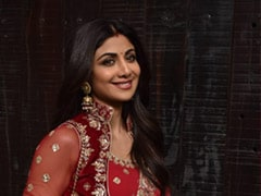 Karwa Chauth 2019: From Shilpa Shetty To Raveena Tandon, Here's How These Bollywood Celebs Are Celebrating
