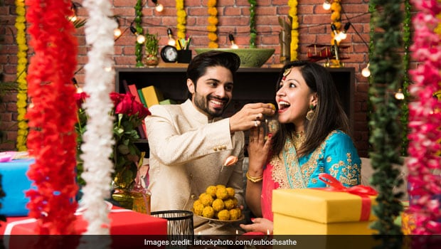 Diwali 2020: 7 Diet And Cooking Tips To Cut Down Excess Calorie Intake This Festive Season