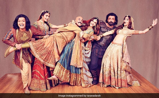Housefull 4 Box Office Collection Day 4: Akshay Kumar's Film Is Setting The Ticket Window Ablaze At Over Rs 87 Crore