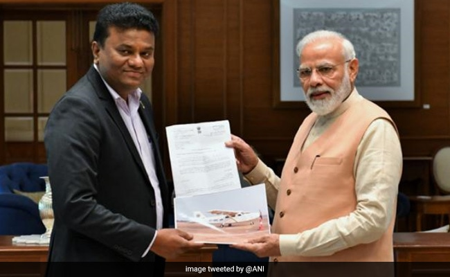 PM Modi Meets Pilot Who Built Aircraft From Scratch On His Terrace