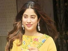 Janhvi Kapoor's Punjabi Binge Spree Continues, 'Dhadak' Actress Enjoys Dal Makhani At This Famous Eatery