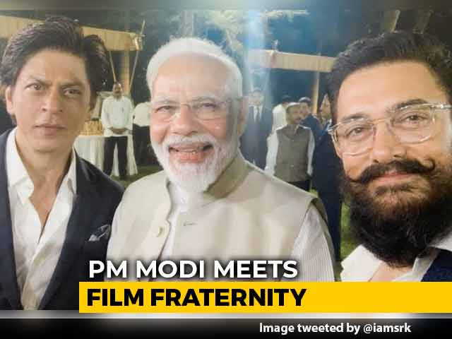 Video : Aamir Khan, Shah Rukh Khan In Frame, PM Tweets Video After Meeting Stars