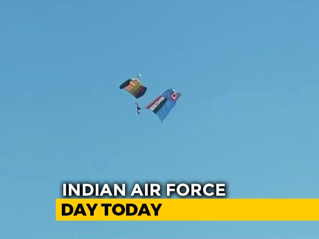 Video : On IAF's 87th Birthday, A Grand Flypast At Air Base Near Delhi