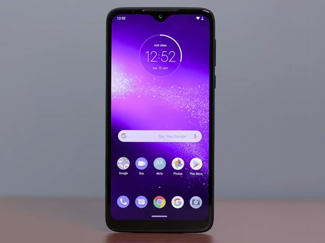Video : Motorola One Macro Review- A Good Value-for-Money Phone Under Rs. 10,000?