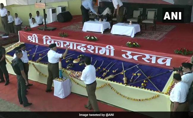 RSS Chief Mohan Bhagwat Performs 'Shastra Puja' On Dussehra, Nitin Gadkari Present