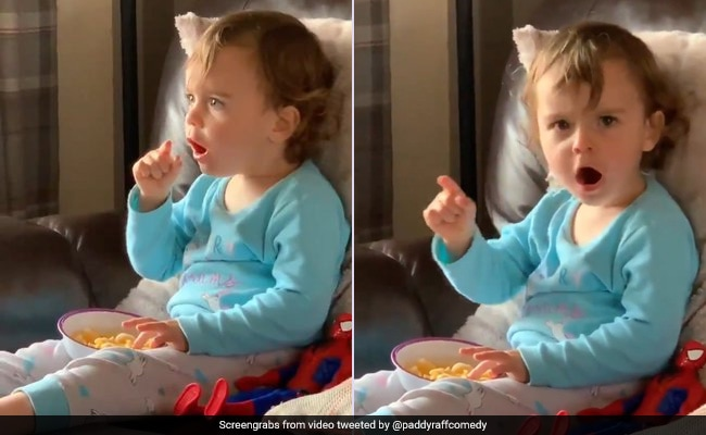 Toddler Has The Cutest Reaction To Bruce Banner Turning Into Hulk. Watch