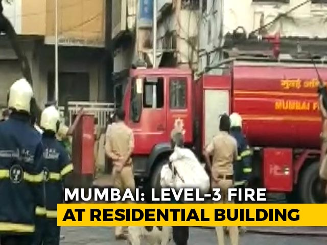 Video : Eight Rescued As Fire Breaks Out At Mumbai Apartment