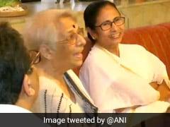 Mamata Banerjee Visits Abhijit Banerjee's Mother After Nobel Win