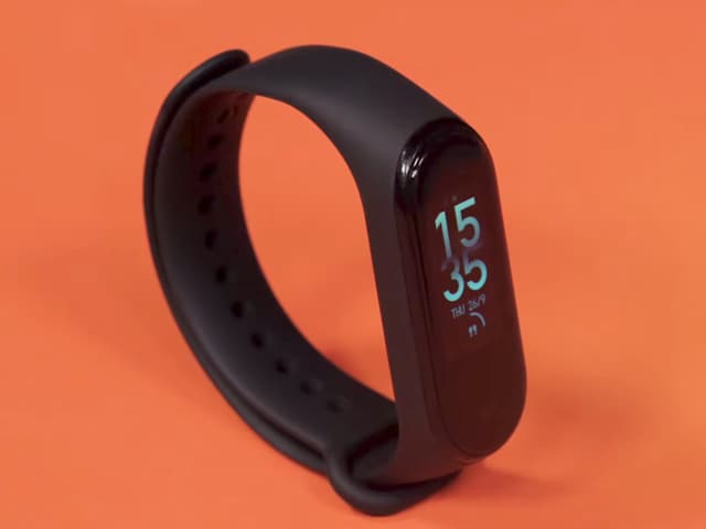 Video : Xiaomi Mi Smart Band 4 Review-  The Best Budget Fitness Band?