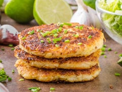 Spicy Aloo Pancake Recipe For Breakfast - It's Crispy, Tasty And So Easy To Make