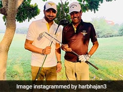 Virat Kohli, Yuvraj Singh Troll Harbhajan Singh For His Golf Skills