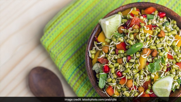 Add This High-Protein Sprouts And Paneer Salad To Your Weight Loss Diet