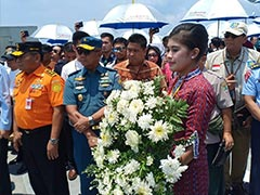 Families Offer Mass Prayer At Sea One Year After Lion Air Crash
