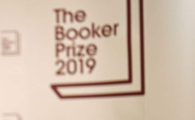 Booker Prize Pits Margaret Atwood, Salman Rushdie Against 4 Emerging Stars