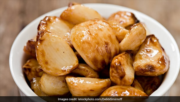 Cooking Tips: 5 Amazing Ways To Cook With Roasted Garlic