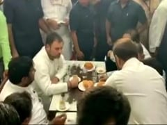 Rahul Gandhi, In Gujarat For Case Hearing, Meets Hardik Patel Over Lunch