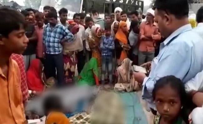 बुलंदशहर में सड़क के किनारे सो रहे लोगों पर चढ़ी बस, तीन बच्चों समेत एक ही परिवार के सात की मौत
