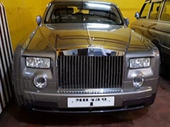 2 Rolls Royce Among Dozen Cars Of HDIL Promoters Seized In Mumbai Raids