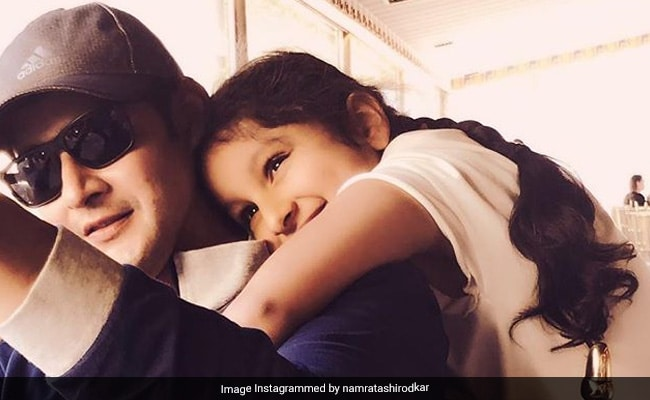 This Pic Of Mahesh Babu With Daughter Sitara Is All About 'Shades Of Love'